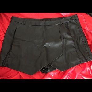 Black leather envelope skort